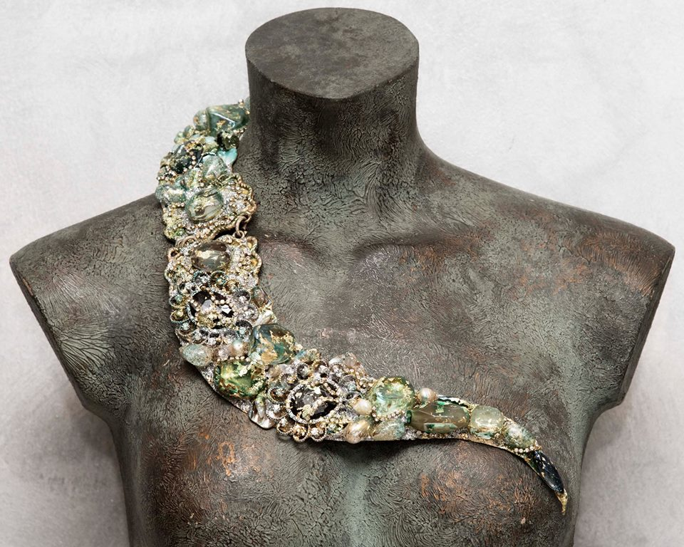 30 Years of Sculpted Jewellery on Show in Rome ...