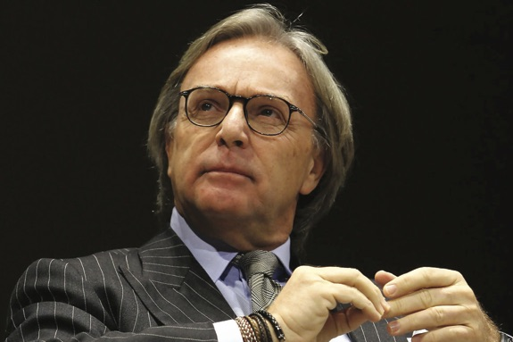 Diego della valle story of an intuition all made in italy for Della valle hogan