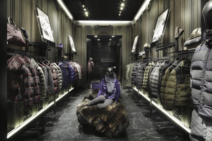 MONCLER-BOUTIQUE-IN-FRANKFURT_2