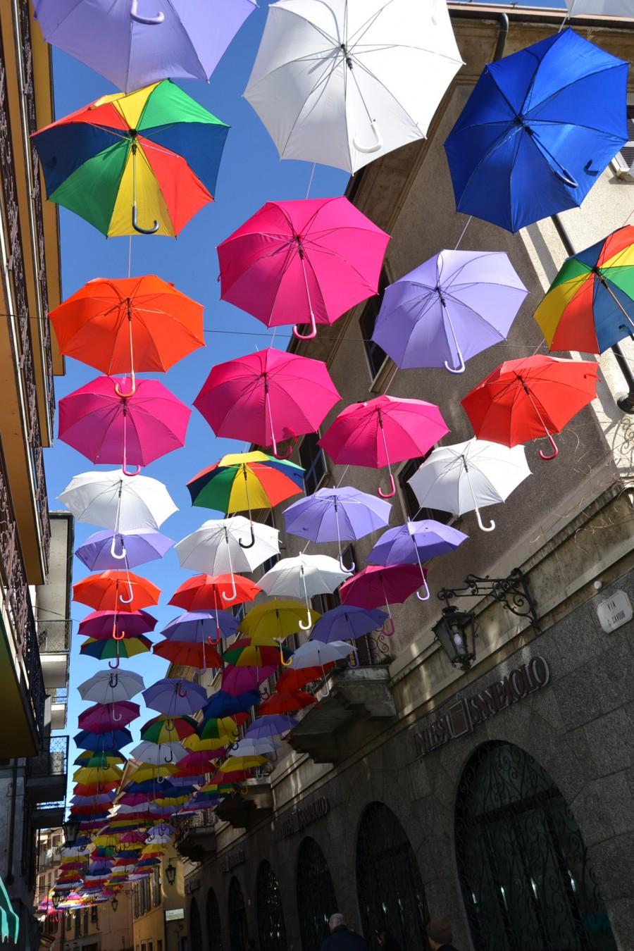 Foto-ombrelli-ad-arona