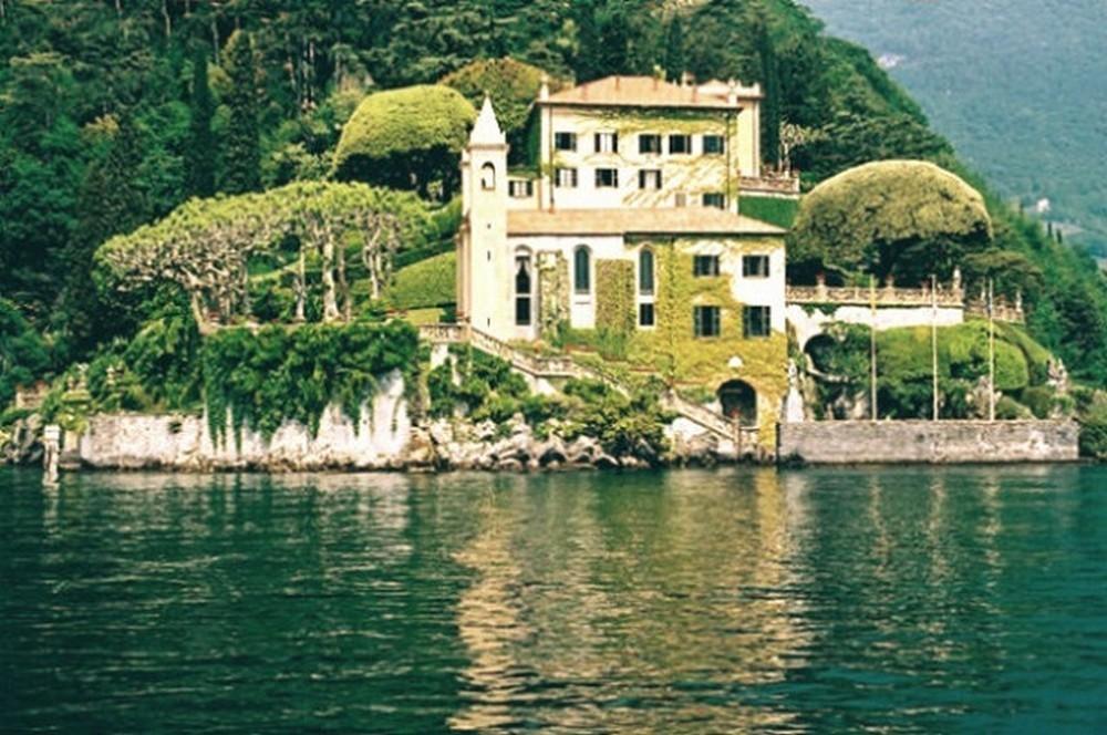 George Clooneys Lake Como Mansion