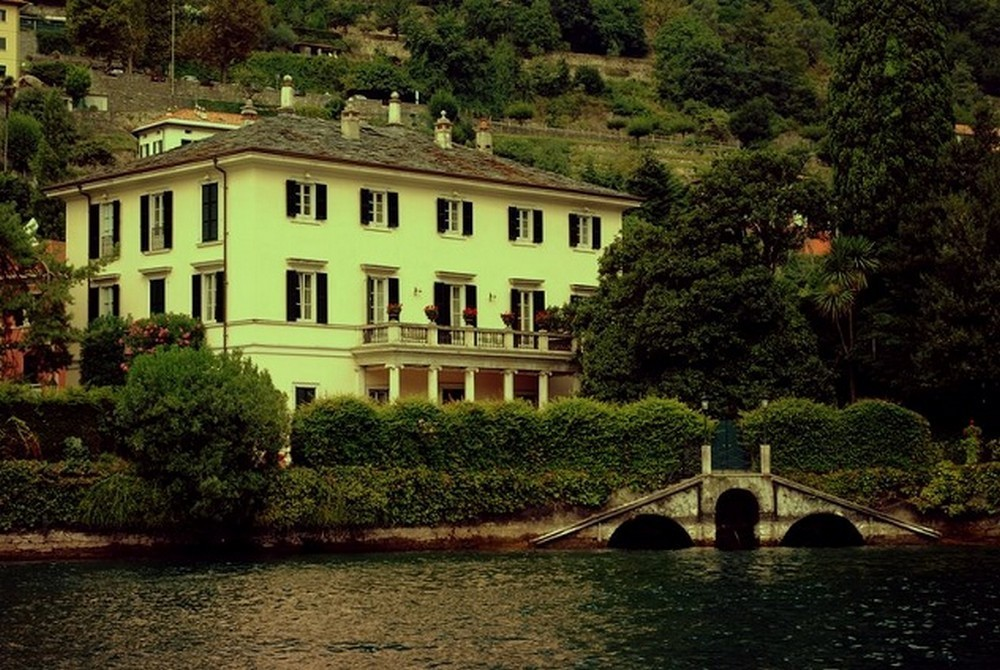 George Clooneys Lake Como Mansion