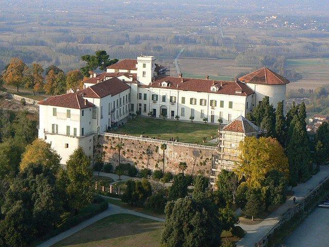 castello di miasino caravino