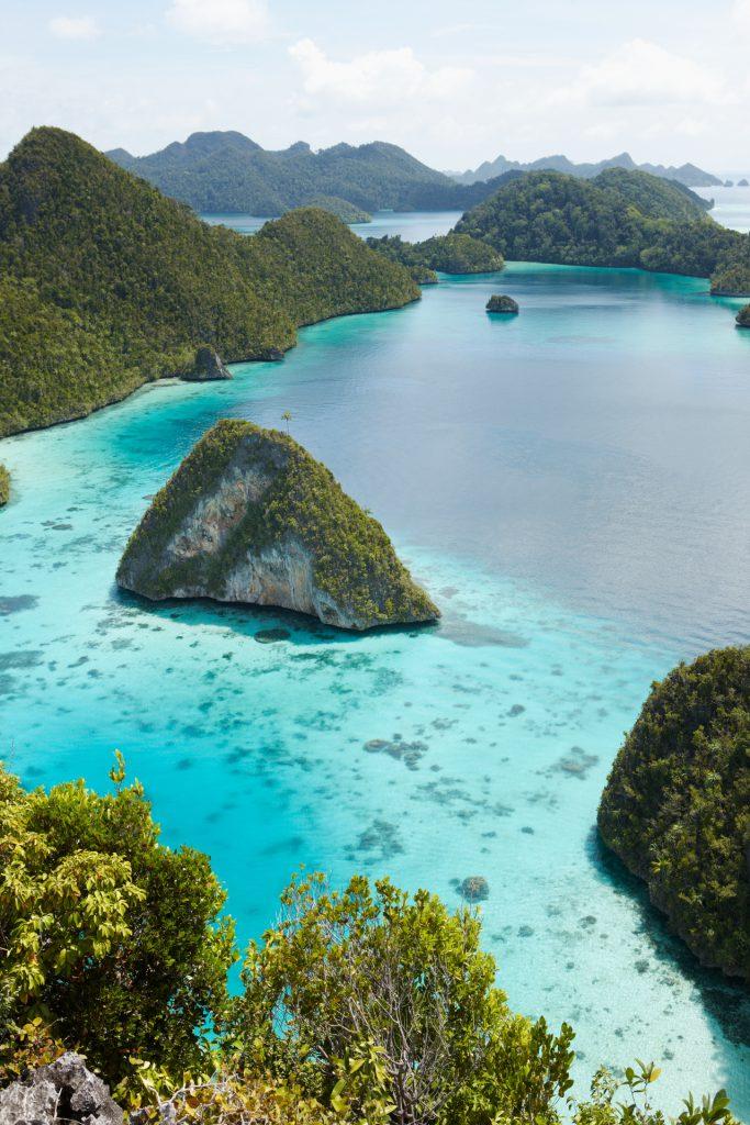 Amanikan Indonesia Raja Ampat Expedition