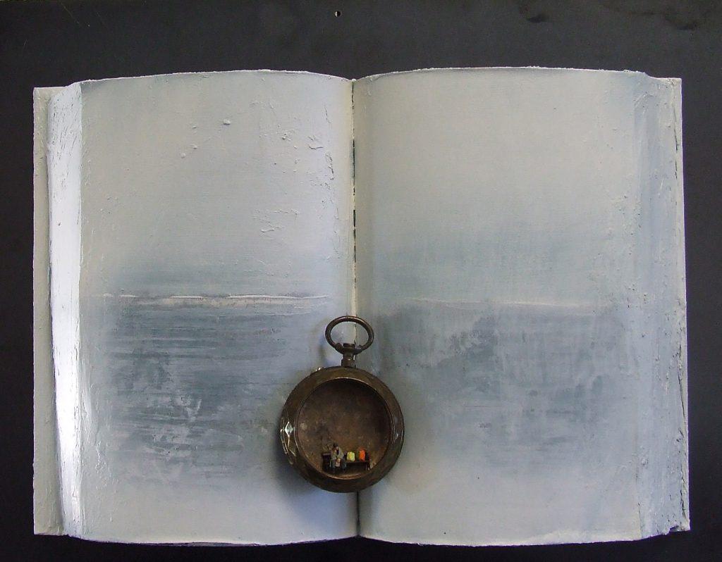 Andrea Albanese book sculpture