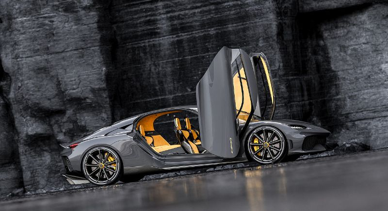 The First Four Seater Mega GT The New Koenigsegg Gemera Supercar