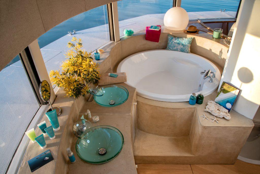 suite anthenea salle de bain